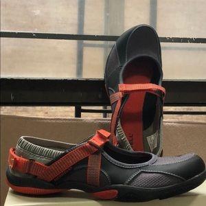 Merrell Vibram shoes